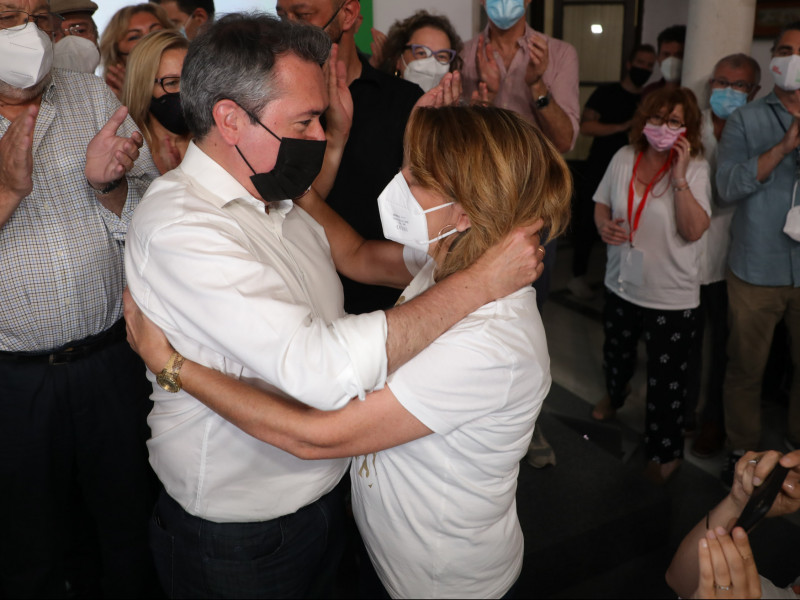 Espadas gana a Susana Díaz en las primarias del PSOE de Andalucía y será candidato a la Junta