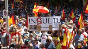El PP cuenta con 300.000 firmas contra los indultos, 50.000 en la protesta de Colón
