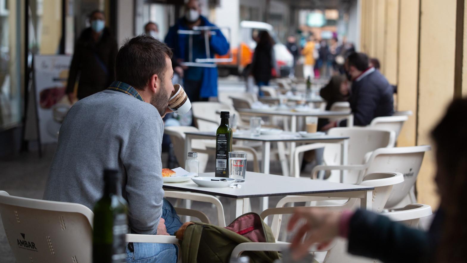 Extremadura plantea abrir la hostelería hasta las 3.00 horas a partir de la próxima semana