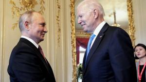 """Biden califica de """"productiva"""" su reunión con Putin y pide alejarse del conflicto y cooperar"""