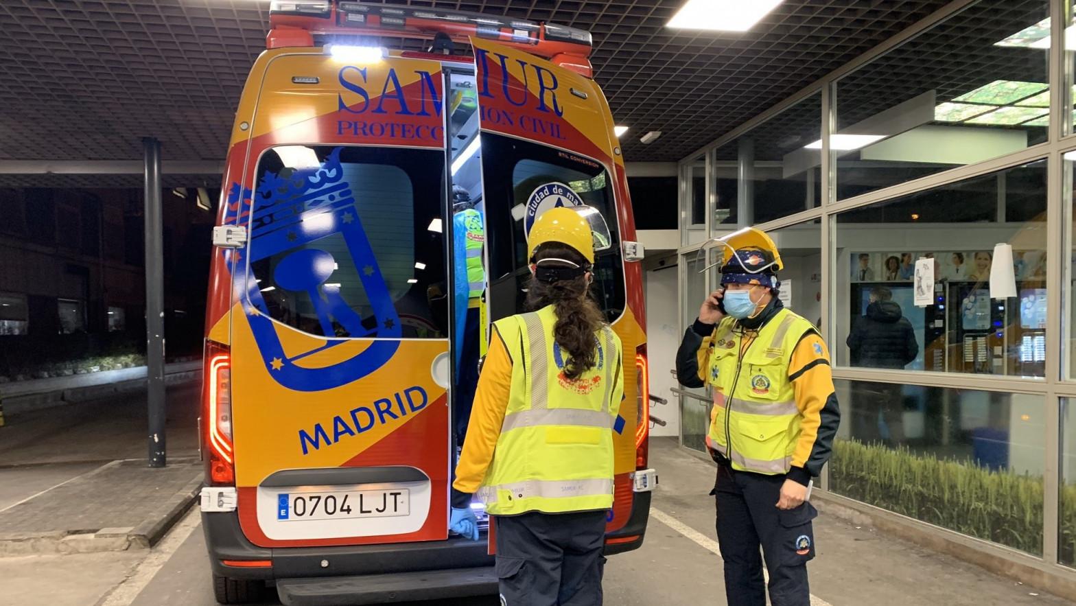 Un hombre asesina a su mujer, de 81 años, tras agredirla con un martillo en Madrid