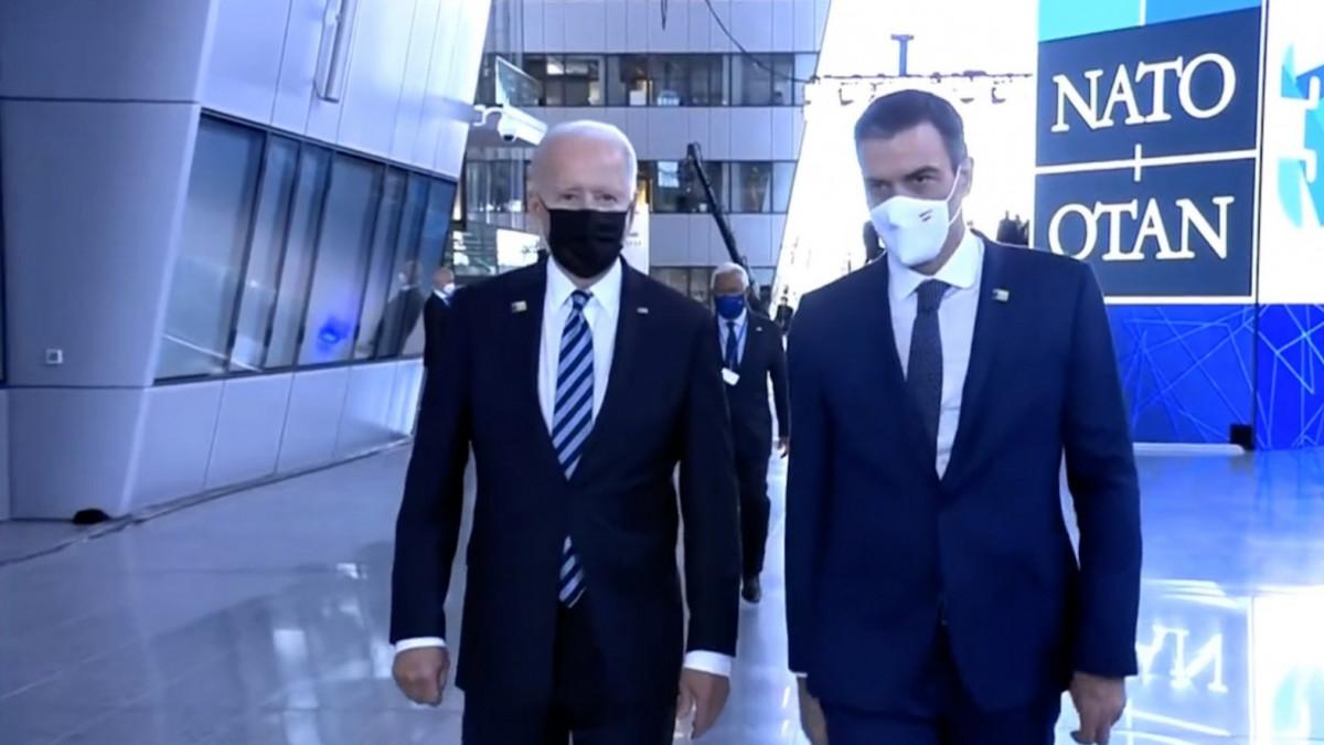 """Mr. Biden, ¡España: paro, toros, paella!"""