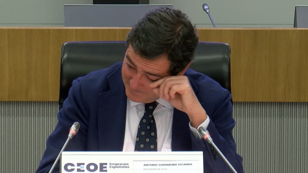 Antonio Garamendi rompe a llorar ante los empresarios tras su defensa de los indultos
