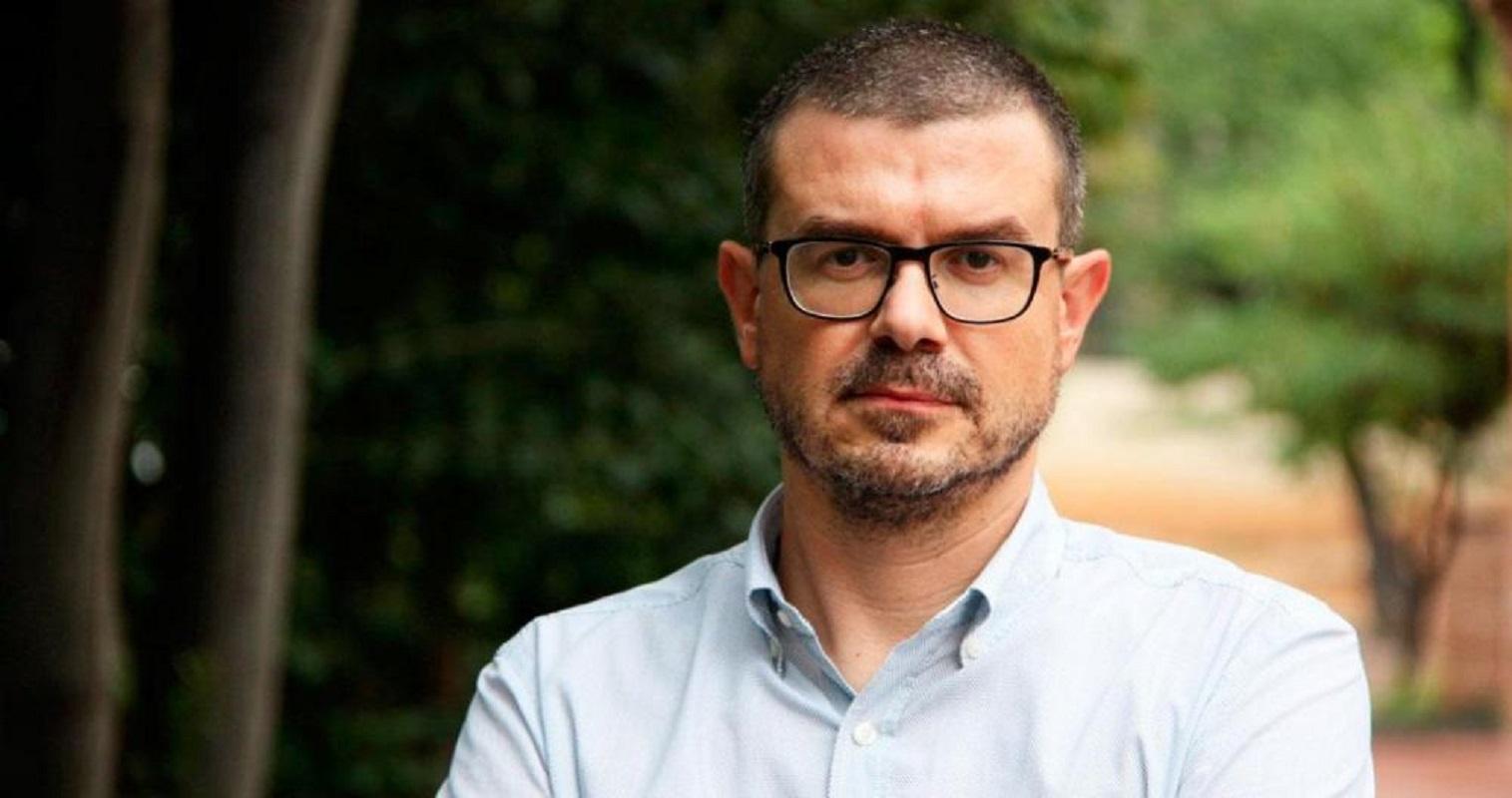 El ex 'dircom' de Puigdemont se recoloca en la Diputación gobernada por el PSC