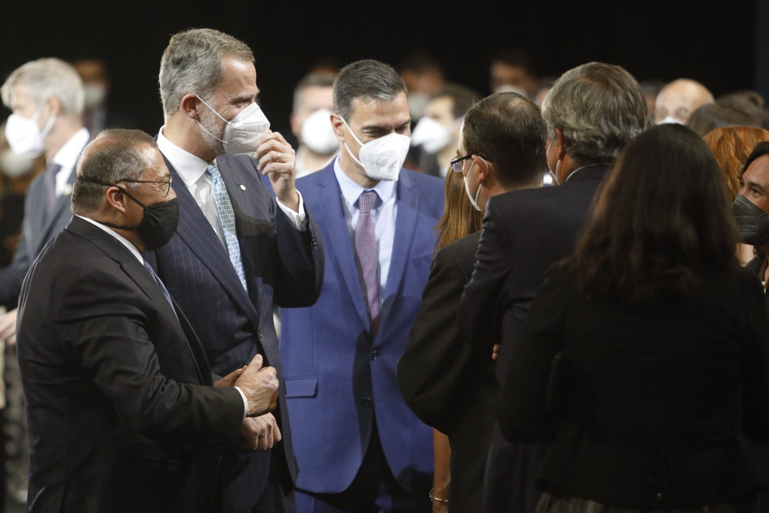 Sánchez intenta dar oxígeno a la Seat en Cataluña ante el desdén nacionalista