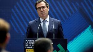 """CEOE y Cepyme rechazan una reforma de contratos que """"sospecha de la empresa"""""""