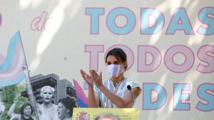 Las 10 claves de la 'ley trans' del Gobierno que da luz verde a la autodeterminación de género