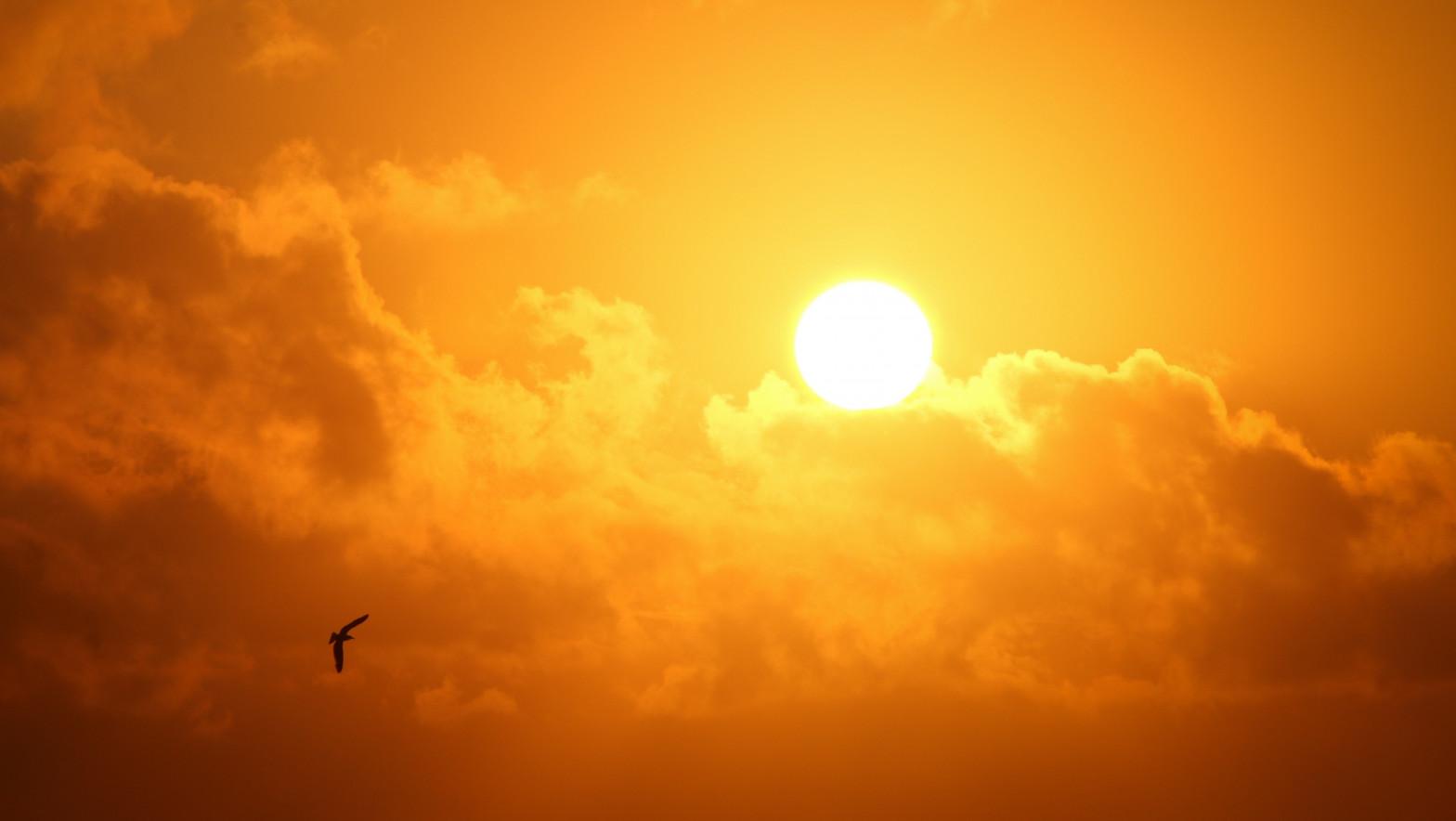 El tiempo seco y soleado predominará este martes, con subida de temperaturas