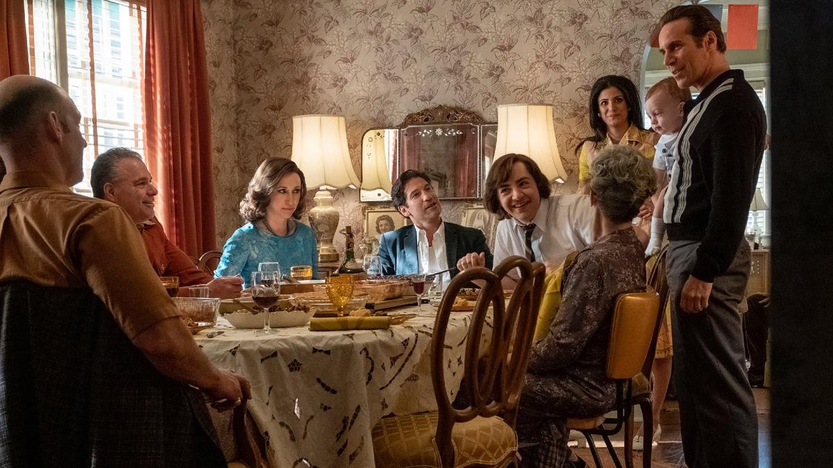 Estrenos Decada De Los 60 Y Un Tony Adolescente La Precuela De Los Soprano Ya Tiene Trailer