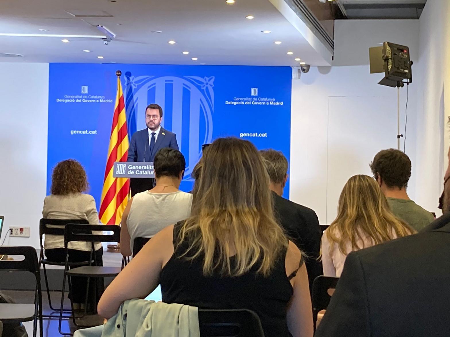 Aragonès apartó a Junts y la CUP en su acto en Madrid tras la reunión en Moncloa