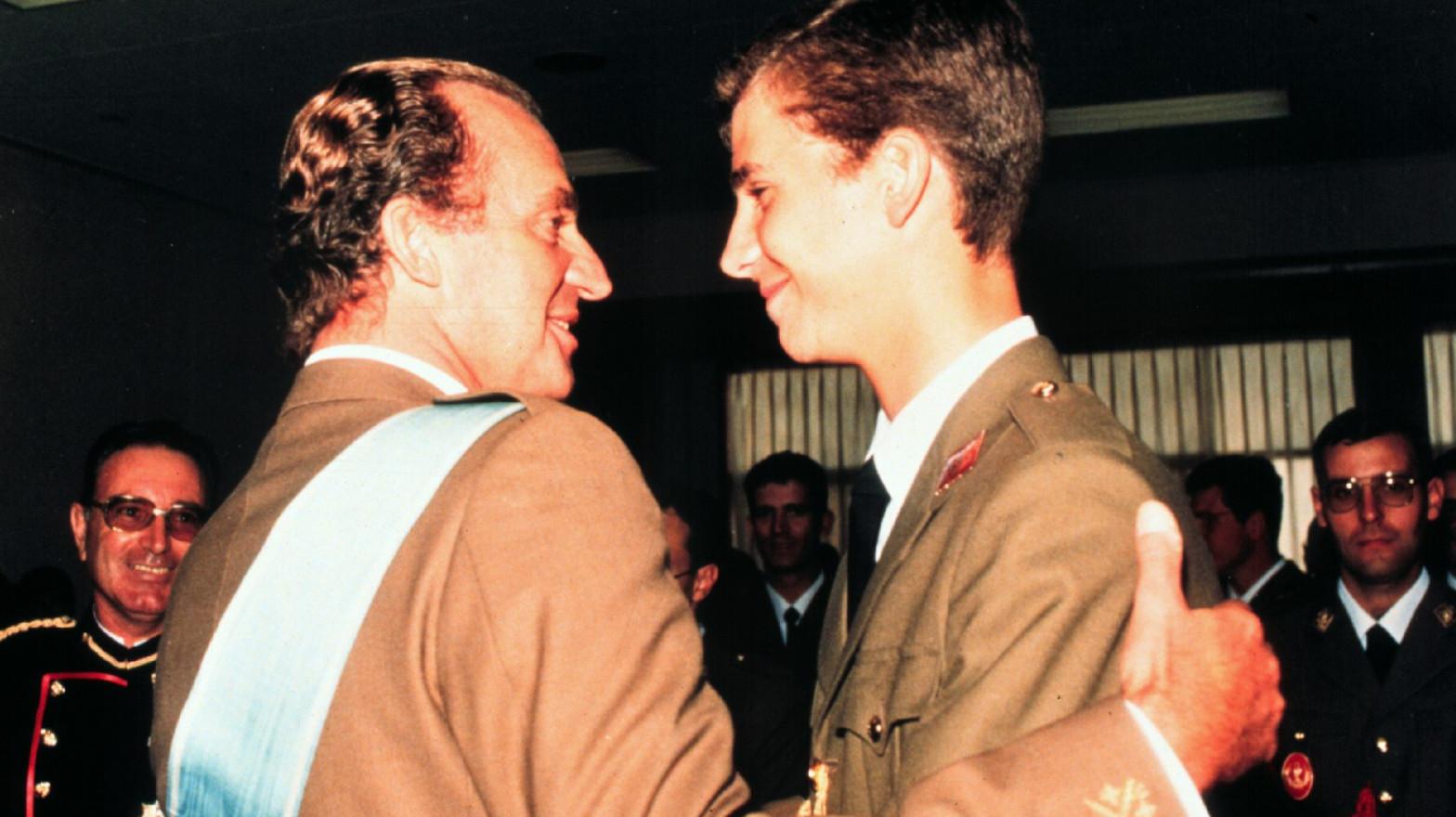 Javier Olivares, al frente de una serie sobre el Juan Carlos I basada en el libro de Pilar Eyre