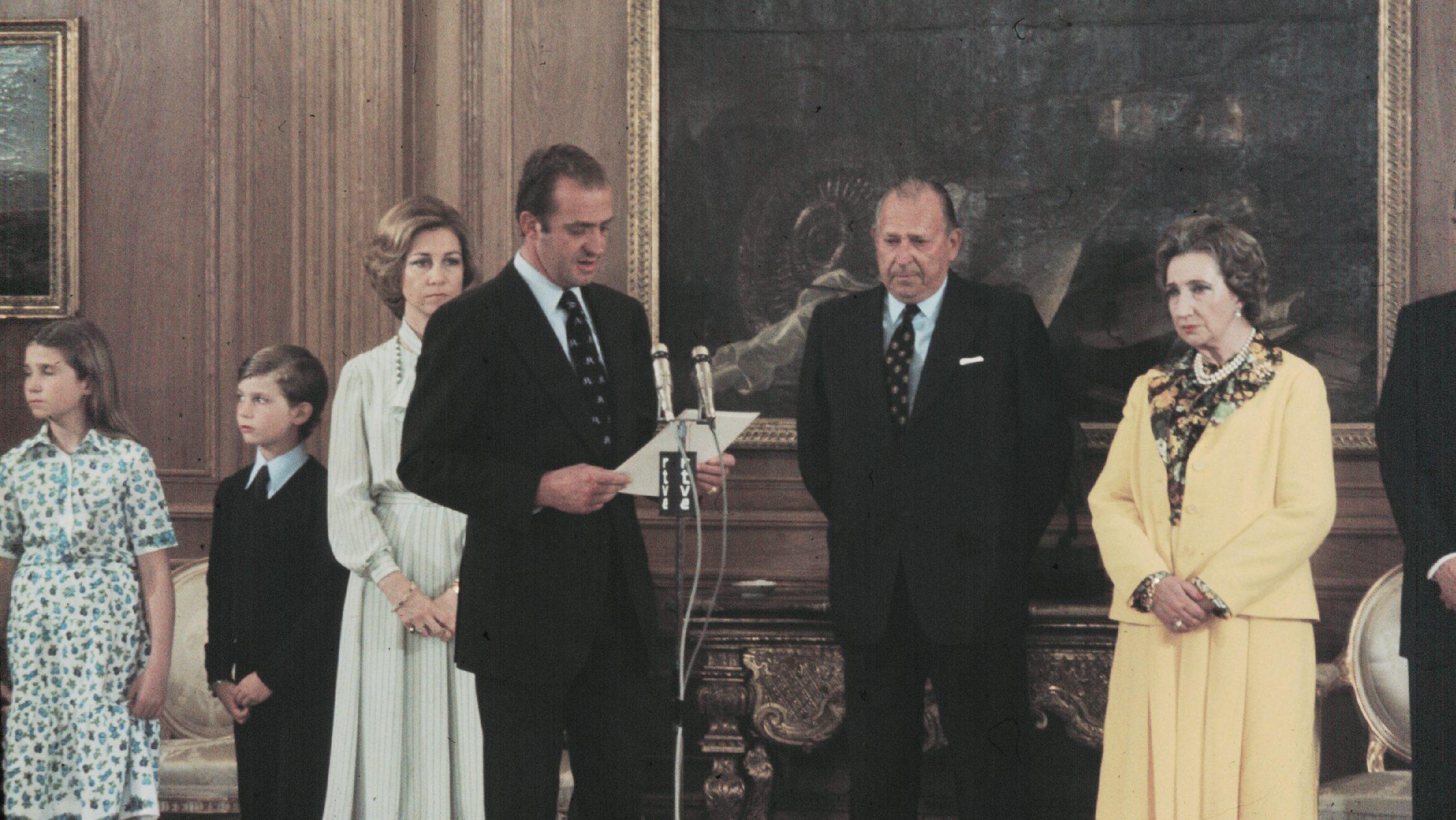 Abdicación de Juan de Borbón a favor del rey Juan Carlos I (1999). Europa Press -