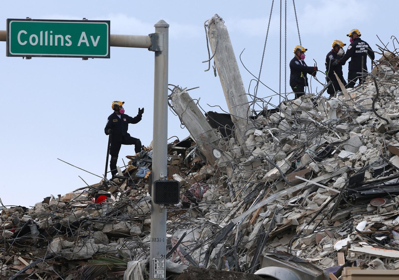 Aumentan a 95 los muertos en el derrumbe en Miami-Dade