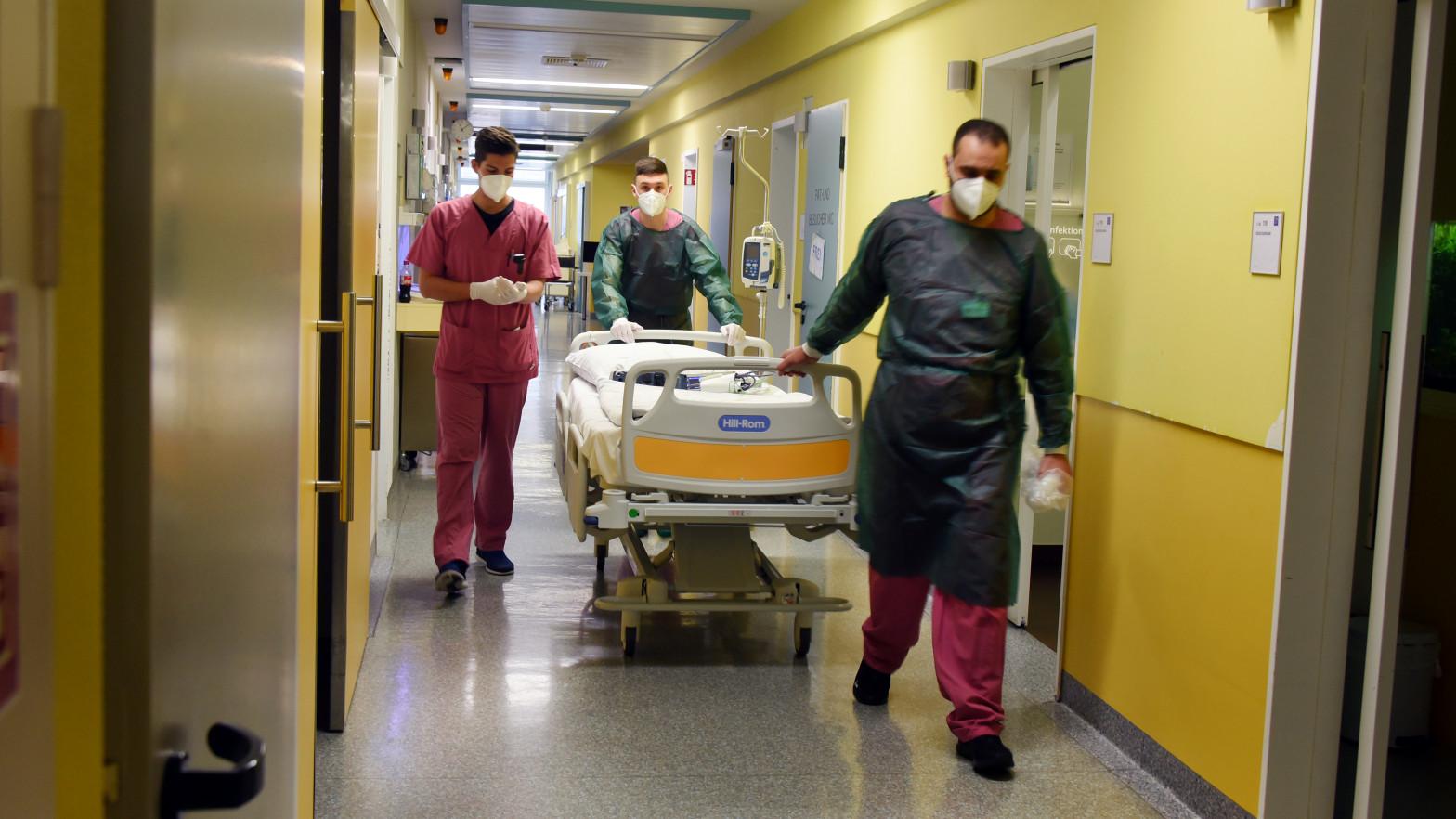 La pandemia de coronavirus supera los 4 millones de muertos