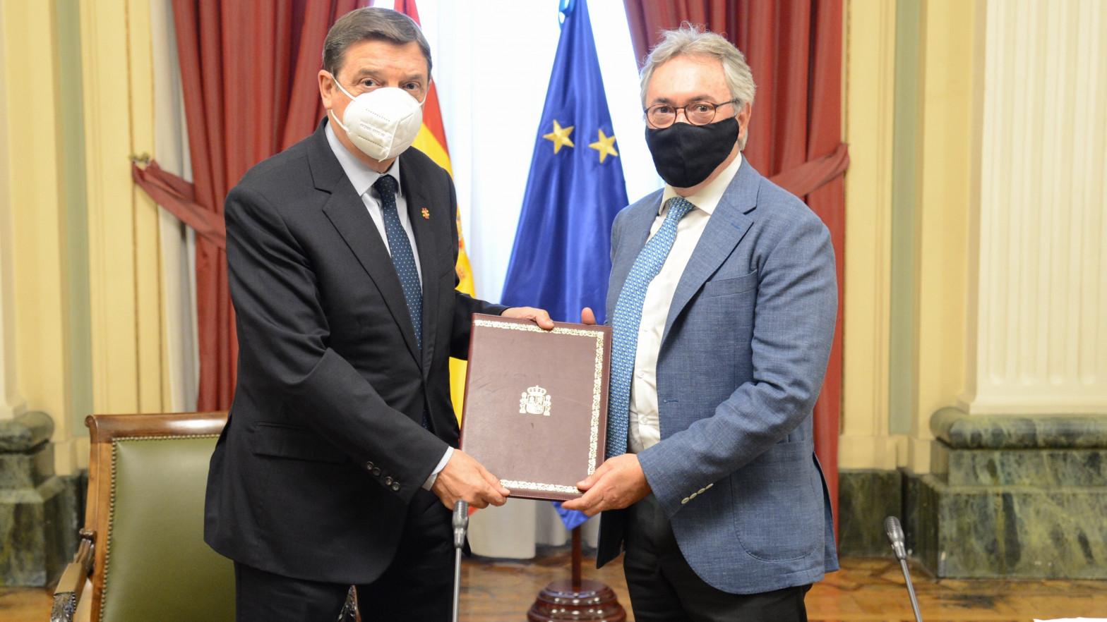 Luis Planas critica a Garzón por la polémica de la carne.