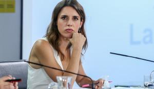 Arévalo niega ser niñera de los hijos de Montero y dice que no cobró de Podemos