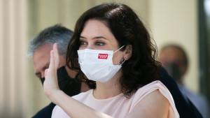 """Ayuso condena la """"dictadura criminal"""" de Cuba y exige a Sánchez que """"abandone la ambigüedad"""""""