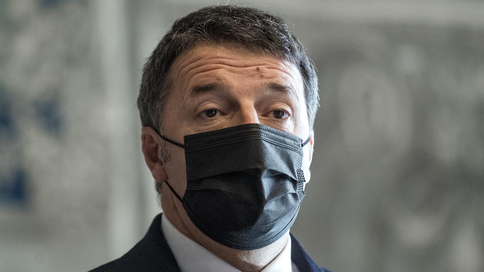El ex primer ministro italiano Renzi, investigado por financiación irregular