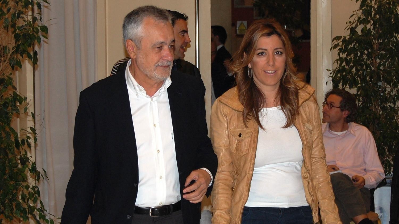 PP y PSOE polemizan en Andalucía sobre sueldos vitalicios para expresidentes