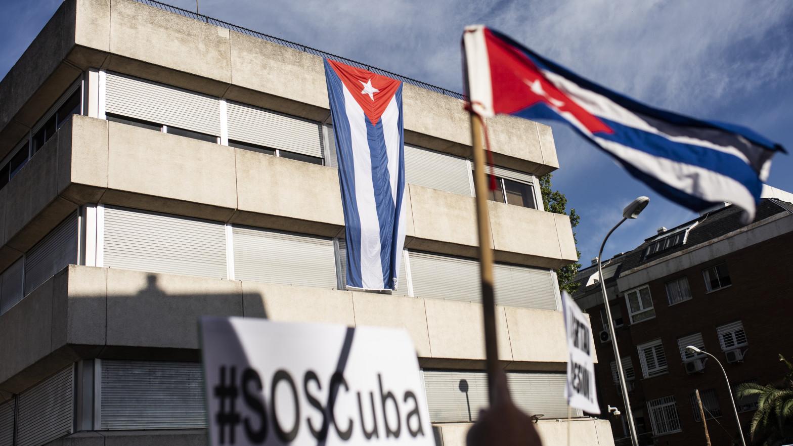 Cuba autoriza a los viajeros la importación de alimentos y medicamentos sin límites ni aranceles