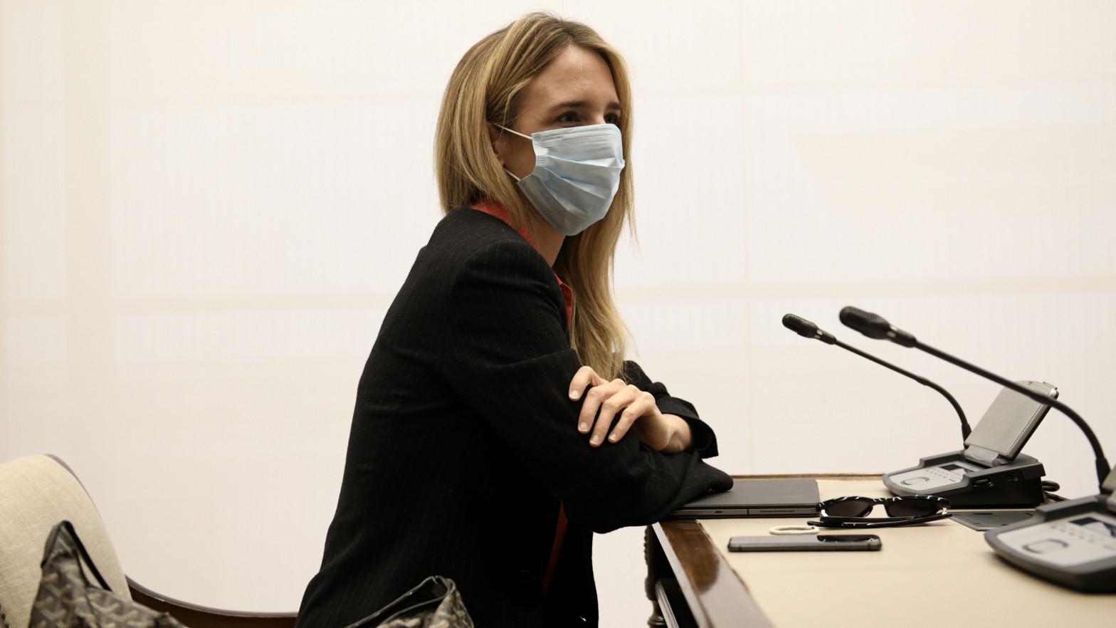 Cayetana Álvarez de Toledo felicita a Vox e insta a Llop a rectificar por su ataque a la Justicia.