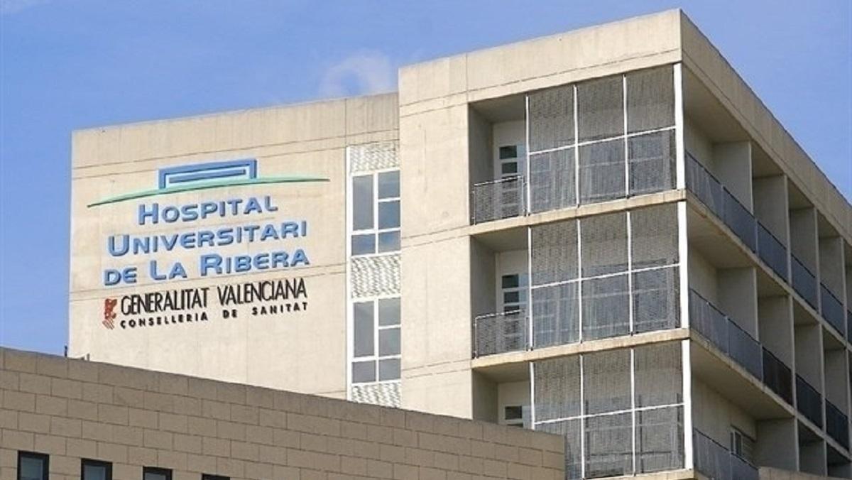 Dos bebés se encuentran ingresados por la covid en el Hospital de Alzira (Valencia)