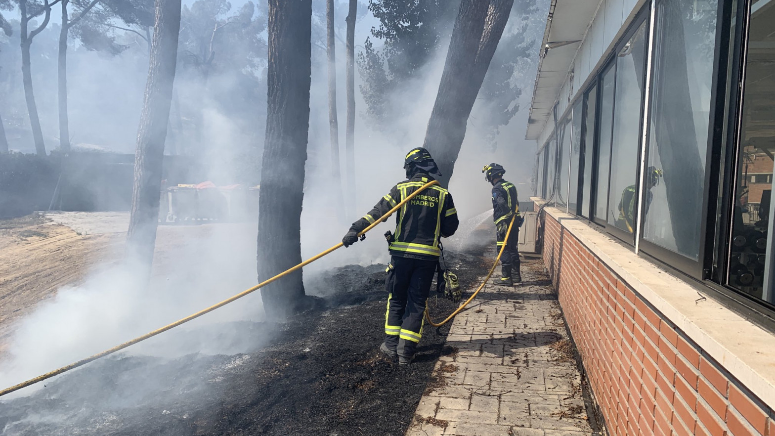 Declarado un incendio en la zona de Ciudad Universitaria cercana a la Dehesa de la Villa