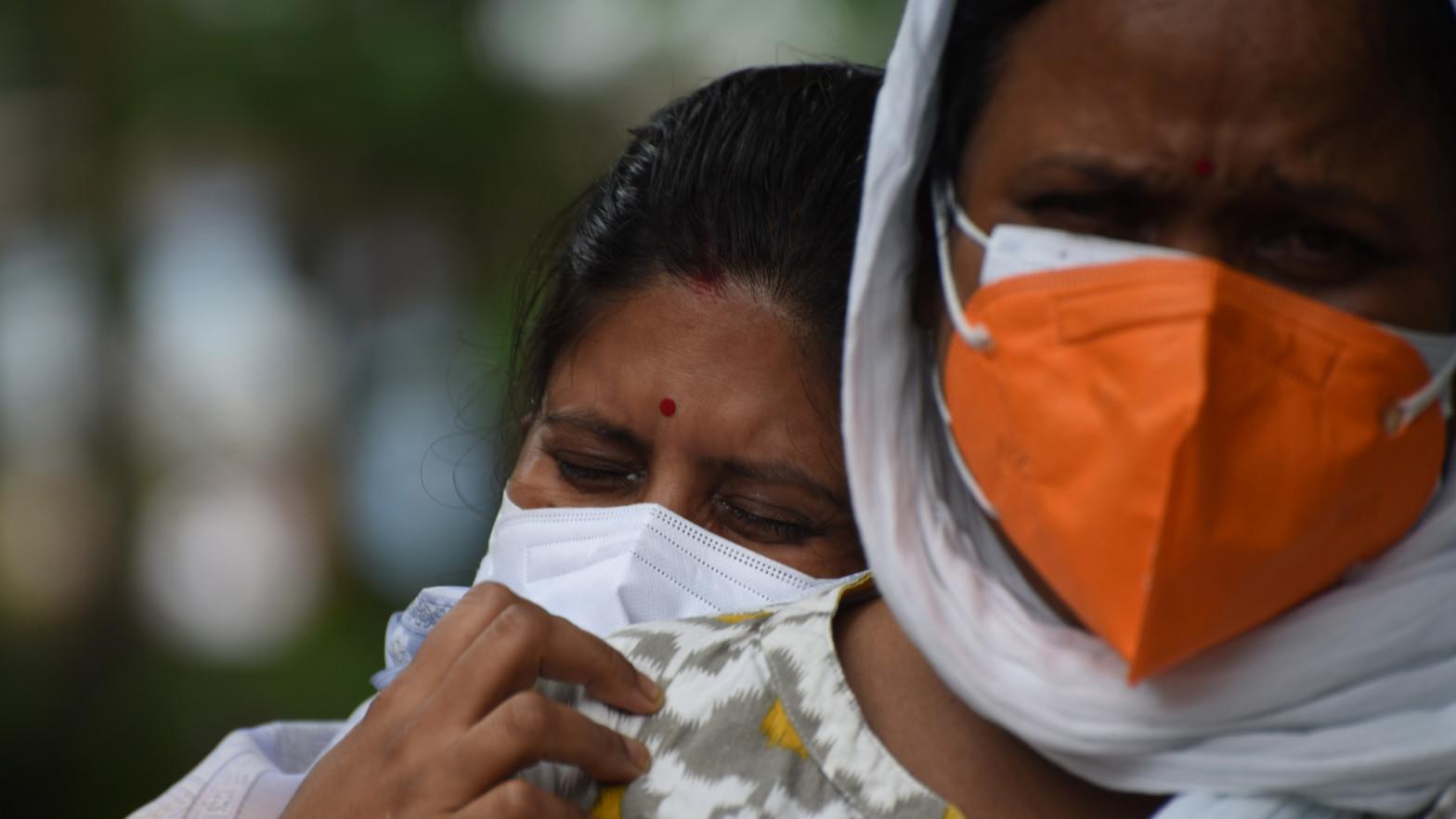 India notifica cerca de 38.000 casos y 500 muertos por coronavirus durante el último día