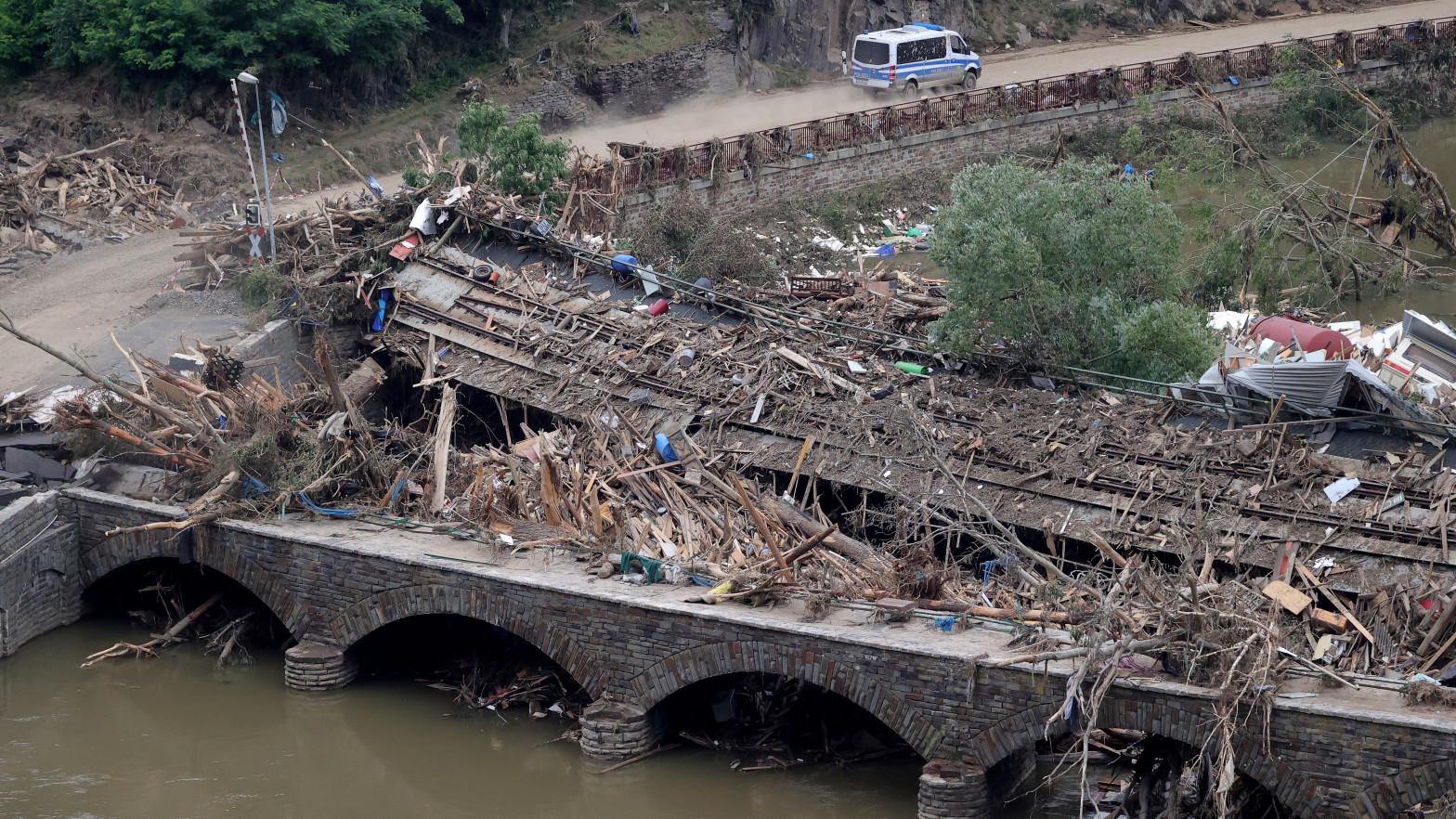 Las autoridades alemanas temen que surgan brotes de covid relacionados con las inundaciones