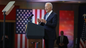 Joe Biden estudia reautorizar remesas y enviar más diplomáticos a Cuba