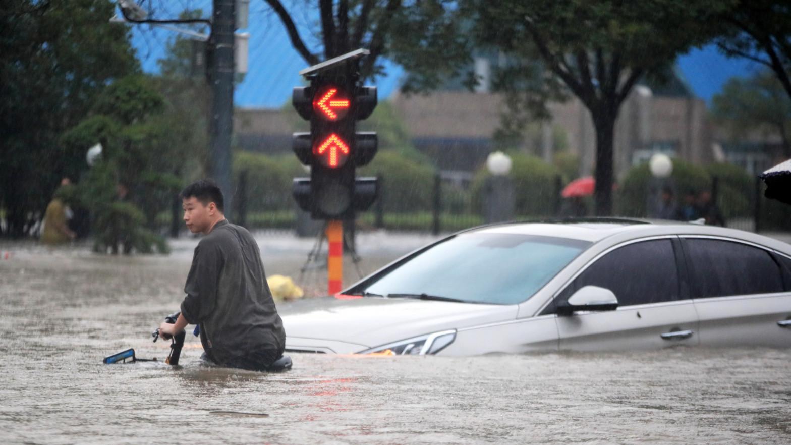Las inundaciones en la provincia china de Henan dejan 71 muertos