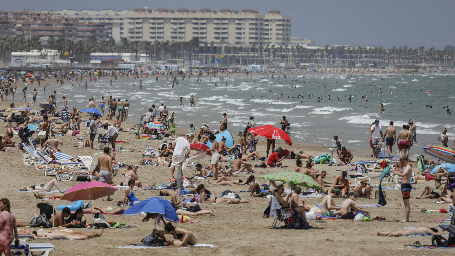Toque de queda para más de la mitad de la población valenciana