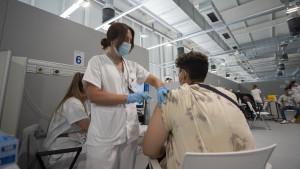 España supera los 25 millones de inmunizados contra el coronavirus
