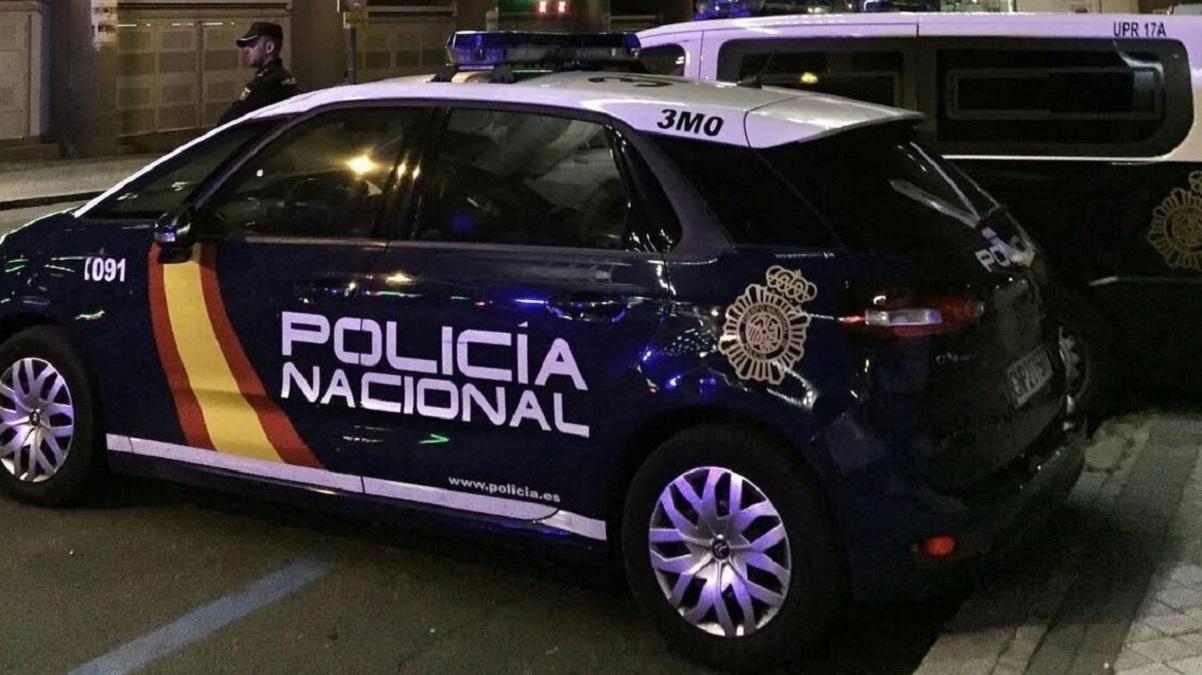 Citados a declarar los seis policías que derribaron la puerta de un piso